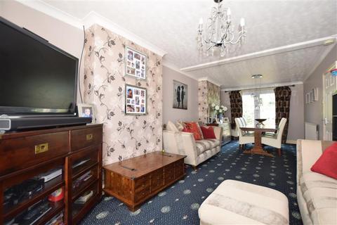 3 bedroom semi-detached house for sale - Plains Avenue, Maidstone, Kent