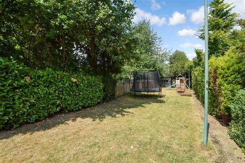 3 bedroom semi-detached house for sale - Plains Avenue, Maidstone, Kent