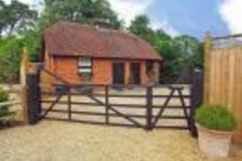 2 bedroom cottage to rent - Chavey Down Road, Winkfield Row, RG42