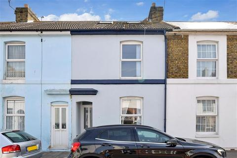 3 bedroom terraced house for sale - College Road, Deal, Kent
