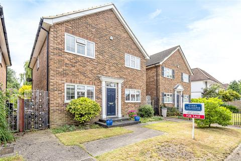 4 bedroom detached house for sale - Eastcote Road, Ruislip, Middlesex, HA4