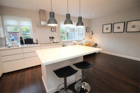1 bedroom flat for sale - The Beeches, Trinder Road, London
