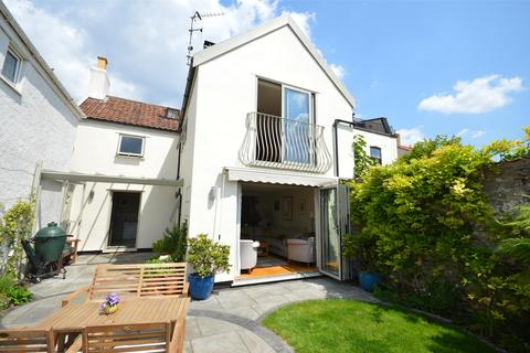 4 bedroom detached house to rent - High street, Clifton, Bristol