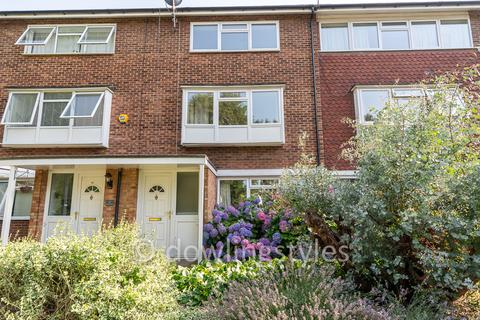 2 bedroom maisonette to rent - Spurfield, West Molesey KT8