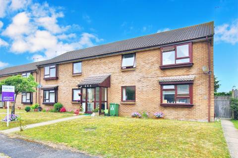 2 bedroom flat for sale - 89 Preston Road, Oakdale, Poole, Dorset