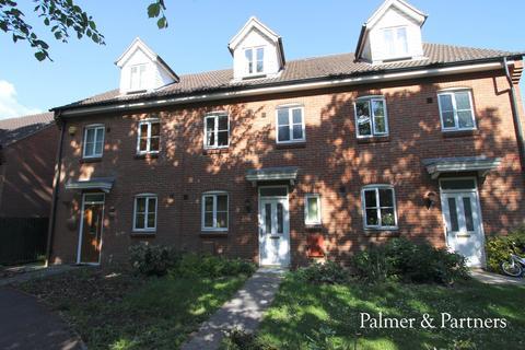 3 bedroom townhouse for sale - Halls Drift, Kesgrave, Ipswich