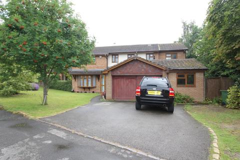 5 bedroom detached house to rent - White House Way, Solihull