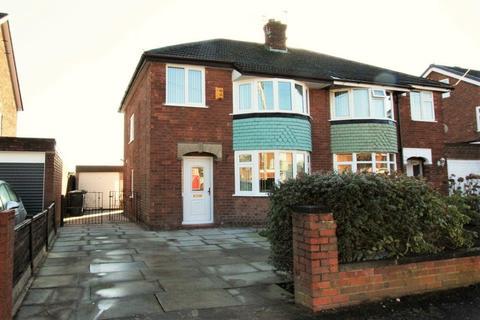 3 bedroom semi-detached house to rent - Westover Road, Padgate, Warrington