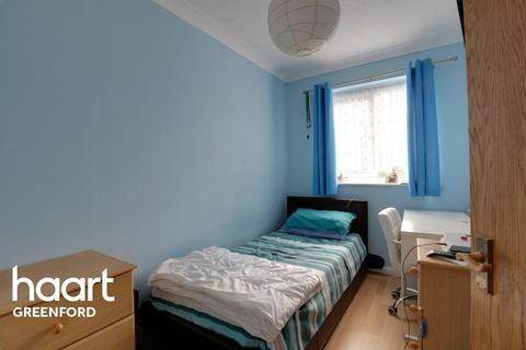 2 bedroom flat for sale - Southall