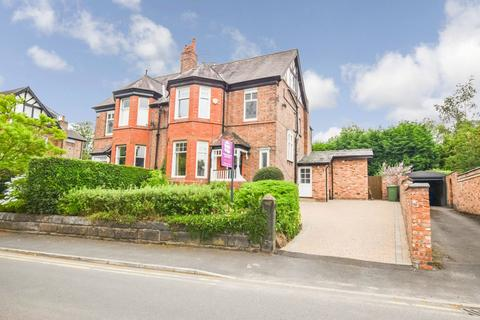 4 bedroom semi-detached house to rent - Peel Avenue, Bowdon, Altrincham, Cheshire, WA14