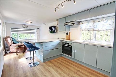 1 bedroom mobile home for sale - Fangrove Park, Lyne, Chertsey, Surrey, KT16