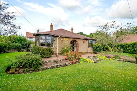 3 bedroom detached bungalow for sale - Castle Drive, Berwick-upon-Tweed, Northumberland