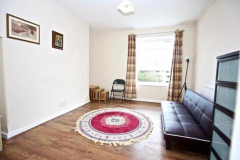 2 bedroom apartment to rent - Charlton Street, Euston, London