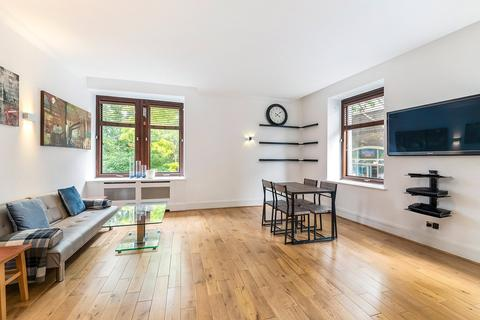 2 bedroom apartment to rent - Whitehouse Apartments, 9 Belvedere Road, SE1