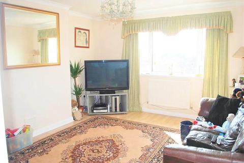 3 bedroom flat to rent - Bexley Road , Eltham, London