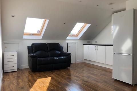 1 bedroom flat to rent - Kellino Street, Tooting, London, London, SW17 8SY