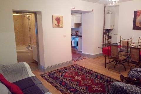 1 bedroom flat - Hanover Street, City Centre, Swansea