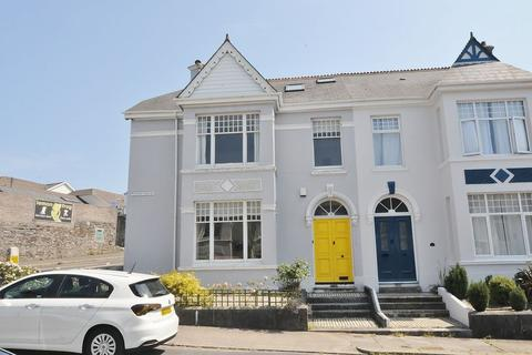 4 bedroom end of terrace house for sale - Short Park Road, Plymouth. Spacious Peverell Family Home.