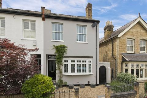 4 bedroom semi-detached house to rent - Wolsey Road, Esher, Surrey, KT10