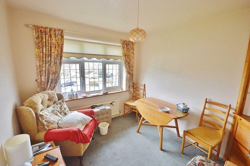 Bedroom 2/ dining