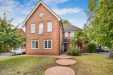 4 bedroom detached house for sale - Stone