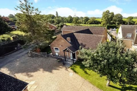 3 bedroom bungalow for sale - White Hill Lane, Wootton, Boars Hill