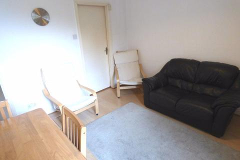 1 bedroom apartment to rent - Manchester Road, Broadheath WA14 4PY