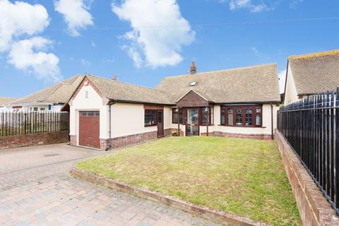 4 bedroom detached bungalow for sale - Lauriston Mount, Broadstairs