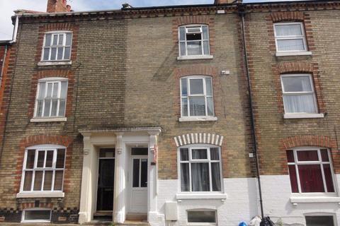 Studio to rent - Victoria Road, Northampton