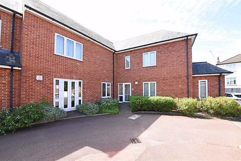 2 bedroom flat for sale - Salento Close, Finchley, London, N3