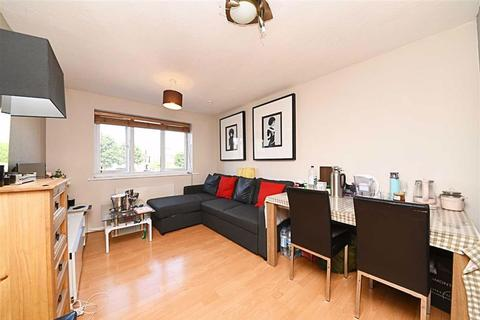 2 bedroom flat for sale - Raven Close, Colindale, London
