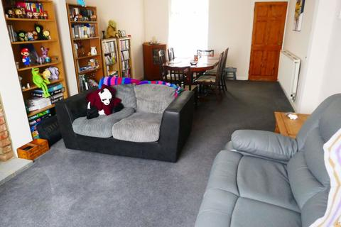 2 bedroom house to rent - King Street, Kettering, Northants