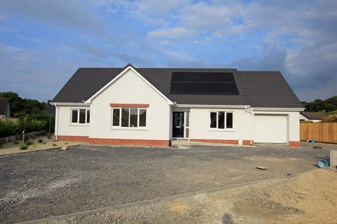4 bedroom detached house for sale - Bro Cerwyn, Llanpumsaint,, Carmarthen, Carmarthenshire