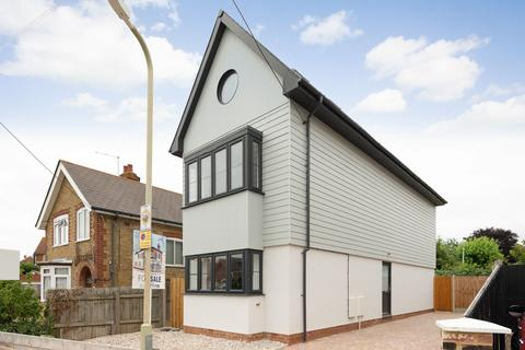 4 bedroom detached house for sale - Clare Road, Whitstable, CT5
