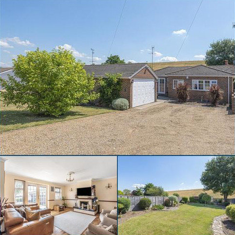3 bedroom detached bungalow for sale - Coppermill Road, Wraysbury, TW19