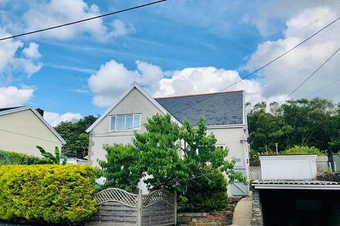 3 bedroom semi-detached house for sale - Fforest Hill, Aberdulais, Neath, Neath Port Talbot. SA10 8HD