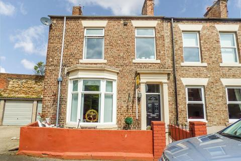3 bedroom terraced house for sale - Frank Place, North Shields, Tyne and Wear, NE29 0LT