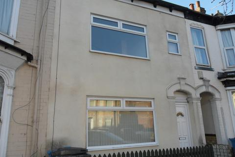 3 bedroom terraced house to rent - Goddard Avenue, HU5 2AN