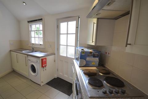 1 bedroom flat to rent - Melbourne Street, Exeter, EX2 4AU