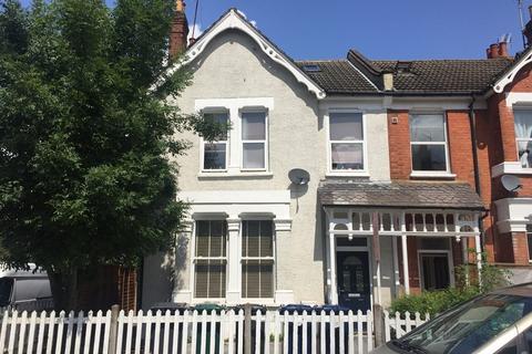 3 bedroom maisonette for sale - Bulwer Road, Barnet