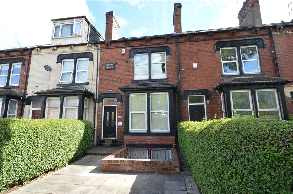 5 Bedrooms Terraced House for sale in Cemetery Road, Leeds