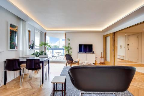 2 bedroom flat for sale - Nova Building, 3 Newton Place, London, E14