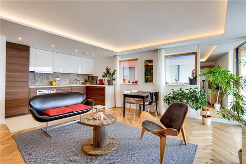 2 bedroom flat for sale - Nova Building, 3 Newton Place, London, E14