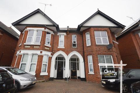2 bedroom flat to rent - |Ref: F3|, 7-9 Thornbury Avenue,  SO15 5BQ