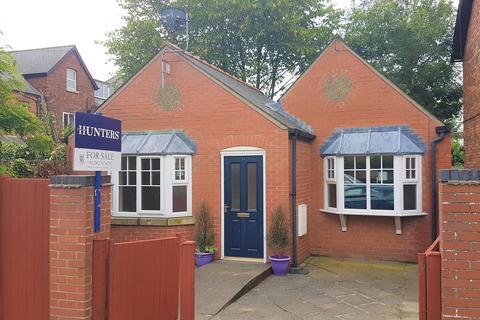 1 bedroom detached bungalow for sale - George Street, Bridlington