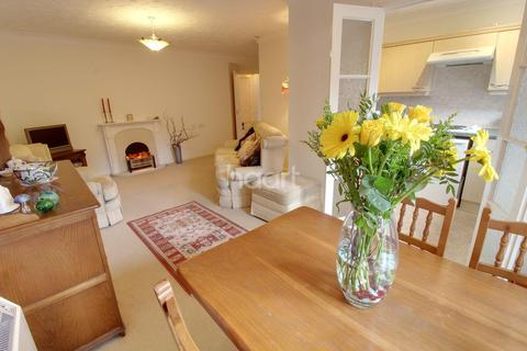 2 bedroom flat for sale - 16, Ridgeway Court, Derby