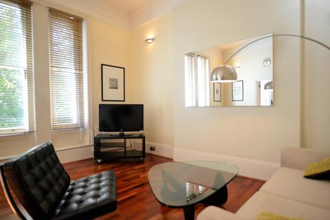 2 bedroom apartment to rent - Cumberland Street, Pimlico, London, SW1V