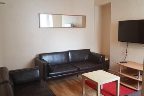 4 bedroom house to rent - 6 Catherine Street Swansea