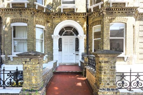 3 bedroom apartment for sale - Cromwell Road, Hove, East Sussex, BN3