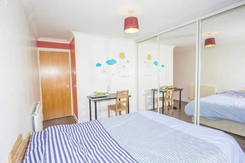 Flat share to rent - Caraway Heights, Blackwall